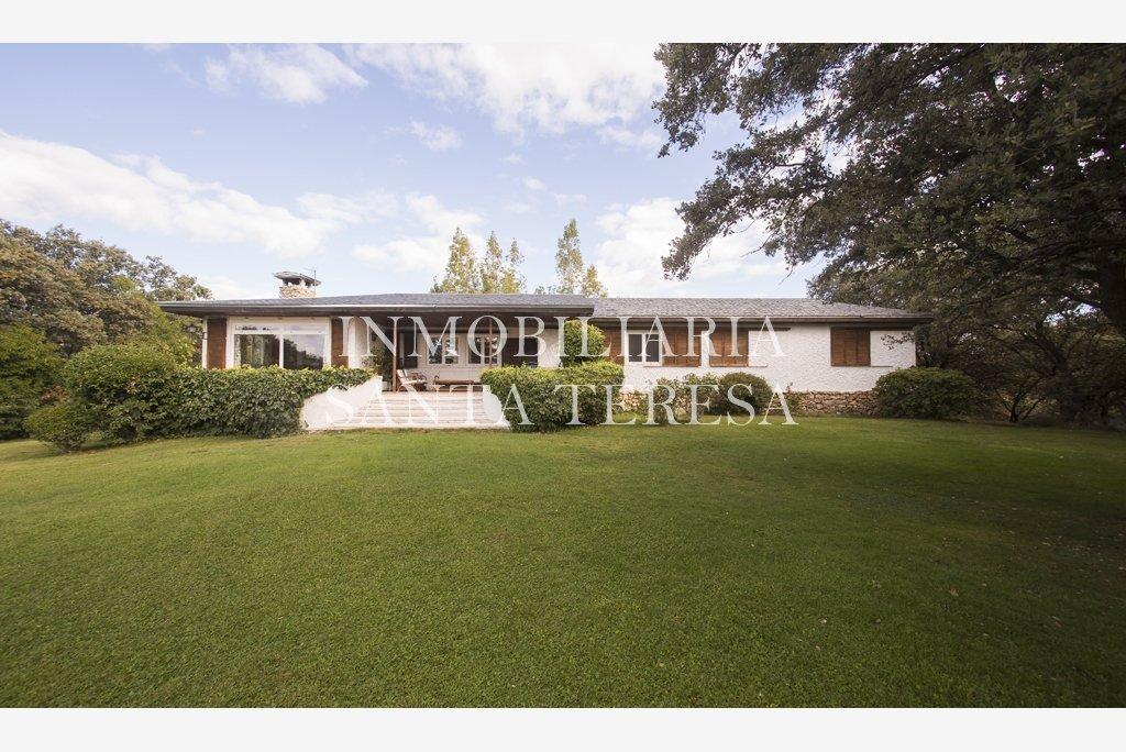 Casa de campo en san agust n de guadalix inmobiliaria for Piscina san agustin de guadalix